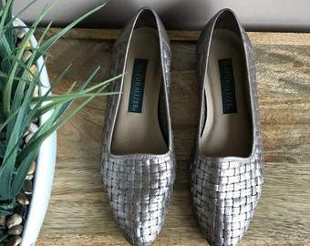 METALLIC Vintage 1990s Woven Leather Flats // Woven Leather Flats Gold Silver Huaraches // Metallic Loafers Woven Leather Size 8