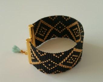 CROISETTE cuff in beads Miyuki, black/gold