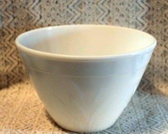Hazel Atlas Cattails Pattern Bowl, White Mixing Bowl, White Serving Bowl, Cattails Pattern Bowl