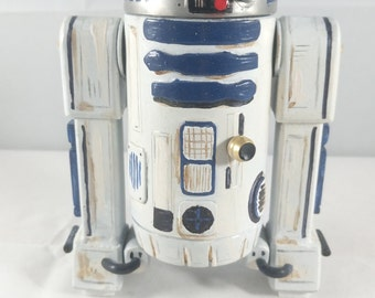 R2D2 Sculpture Based on R2D2 From Star Wars