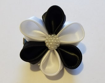 Black and white 6 petal flower bow