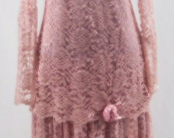 20's Style Flapper Dress//38 Inch Waist//Beautiful Lace Detail/Rosy Pink/Great Condition//Hand Made//No Tags