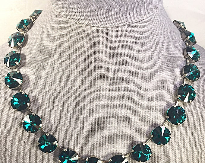 14mm Swarovski crystal emerald green with envy sparkly collar necklace. Luxury emerald crystal statement necklace.