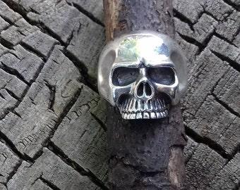 Silver skull ring. Realistic plain skull design. Skull ring. 925 silver skull.