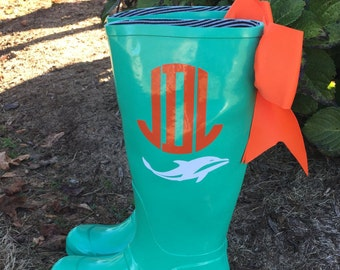Personalized Rubber Rain boots with bows,Rain Boots,Vinyl Letter,Rubber Rain Boots, Boots,Mud Boots,Personalized Mud Boots,Mud Boot monogram
