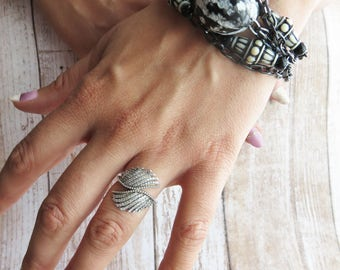 black and white bracelet - inspired ethnic jewelry for summer - BR145