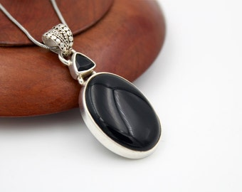BOHO Beautiful Onyx and Sterling Silver Pendant - Black Onyx Pendant - Onyx & Silver Sterling- Silver and Onyx necklace
