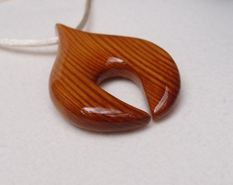 Pine pendant necklace - beautiful reclaimed wood