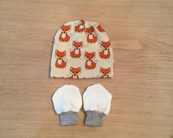 Fox baby hat and mittens / baby slouchy beanie / baby beanie / baby hat / baby mittens / baby mitts size 0-3 months