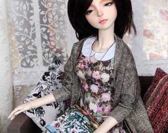 BJD SD girl cardigan