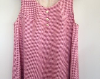 Size medium 60's red and white gingham tunic