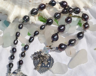 Fresh water pearl and Swarovski Crystal necklace