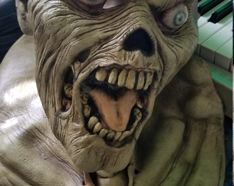 Movie quality Horror Mask - exceptional condition