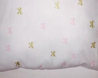 White Bowed Pillow