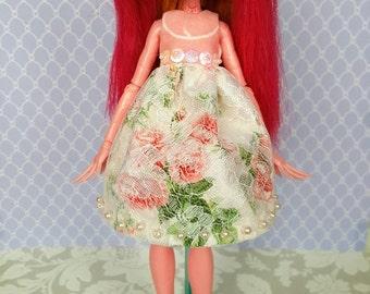 Одежда для кукол монстр хай и барби 95