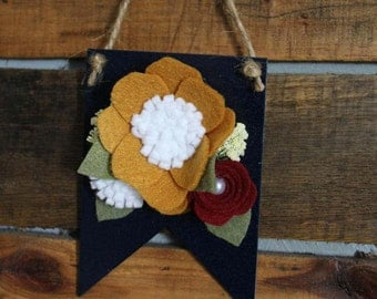 Wooden Mini Pennant Sign
