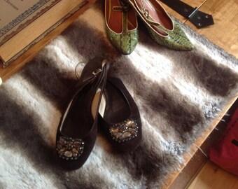 Vintage Boden shoes. Size 4 brown Jewel encrusted shoes.