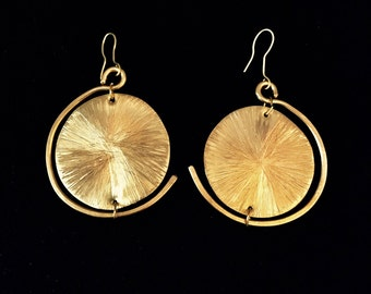 Handmade bronze circle earrings