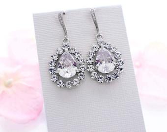 Bridal earrings, cubic zirconia, wedding earrings, bridesmaid jewelry, crystal drop, bridal jewelry, vintage style, bridal accessories