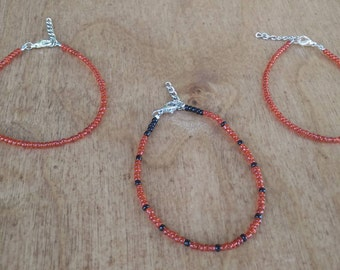 Red and black single layer seed bead bracelet