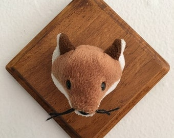Small Faux Mounted Fox// FoxTaxidermy Plaque