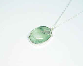 Leaves decorated Prehnite 925 sterling silver necklace