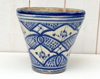 Planter Pottery Moroccan SAFI, Enamelled planter, Old pot Terra-cotta, Flower garden, Moroccan art, Decoration planter,