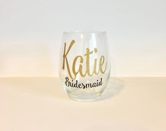 Personalized Bridesmaid Wine Glasses | Bridesmaid Wine Glasses | Custom Wine Glass | Bridal Party Gifts | Bridesmaid Gift