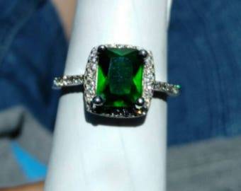 925 Sterling Silver, Emerald, multiple clear gem Ring