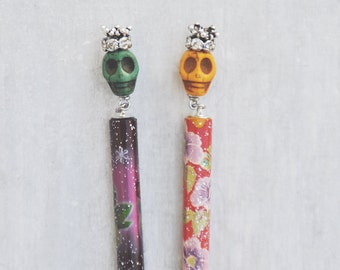 Helping Hand Bracelet Fastener - choice of green or yellow skull design - put bracelets on by yourself with ease