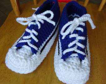 Crochet blue tops and brown varg. soles sneaker slippers, 9 1/2 inch soles, Unisex, Ladies Med., Mens small