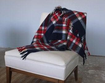 Vintage FARIBO Navy Blue and Red wool throw blanket - 70's lap afghan, stadium, picnic, fringe, Faribault Woolen Mill, Minnesota, soft plaid