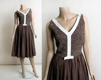 Vintage 1960s Dress - Chocolate Brown Swiss Dot Floral Quilt Embroidered Bodice - Alison Ayres - Rockabilly Polka Dot Style - Small