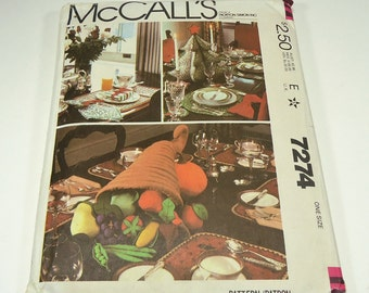 McCall's Holiday Centerpiece Table Settings Pattern 7274
