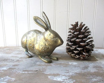 ONE vintage brass bunny rabbit hare statue figure figurine paperweight Rustic Woodland decor