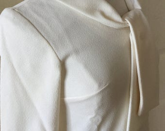 NEVER WORN FABULOUS 1960s Jean Castle Textured Polyester Crepe Cream Blouse