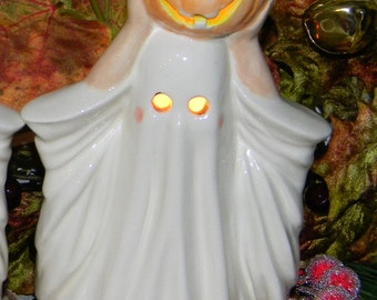 Ghost with pumpkin ceramic pottery statue fall Halloween decor Byron 1981