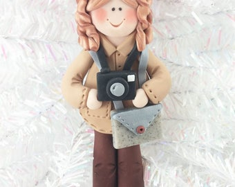 Photographer Christmas Ornament  - Polymer Clay Photographer - Photographer with Camera - Photographer's Gift - Camera Ornament - 3238
