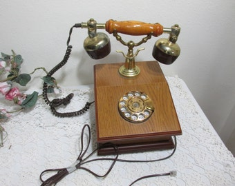 Telephone Rotary Dial Desk Wood Base Victorian Like Receiver
