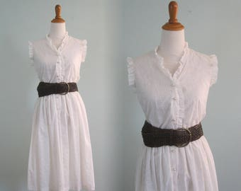 Romantic 70s White Eyelet Lace Dress - Vintage Romantic White Sundress - Vintage 1970s Dress S M