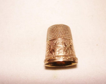 Tested 10K  Engraved Flower Thimble Size 8