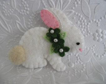 St Patricks Day Brooch Felt Bunny Felted Wool Irish Pin