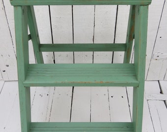 Green Step Ladder, Vintage Wooden Step Ladder, Stepstool, Farmhouse Decor, Rustic Ladder, Shabby and Chic, Green Chippy Paint, Old Ladder