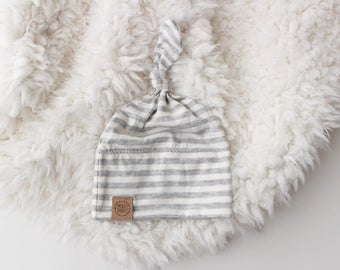 Heather stripe knot beanie | newborn beanie | newborn hat | infant beanie | baby's firt hat | newborn gift | new baby essentials | 0-3 month