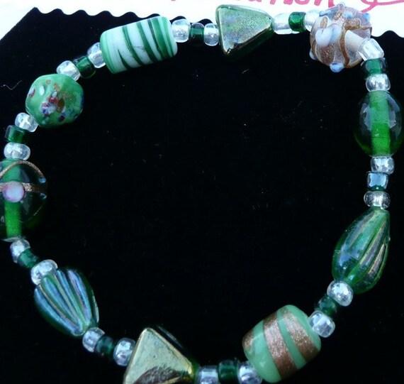 Bracelet Emerald Green Stretchy Beaded Lampwork Handmade Anklet
