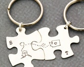 Sisters Keychains • Personalized State • Moving Gift • Goodbye Gift • Miss Your Face • Initial State • Puzzle Keychain • Friend Puzzles