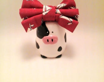Red and white sailboat girls hair bow, unique pattern hair bow, big hair bow, big bow