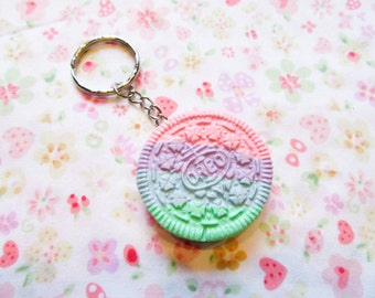 Pastel Kawaii- Rainbow Oreo Cookie Keychain, Kawaii Keychain, Cute Keychain, Sweet Lolita, Food Keychain, Polymer Clay, Gift Idea