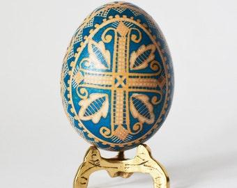 etched egg Cross Pysanka Ostereier Pysanka Ukrainian Easter egg acid etching method  chicken egg shell