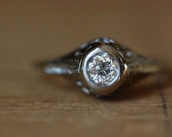 Vintage Art Deco old cut diamond 14K filigree solitaire ring